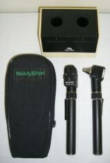 how to turn on light on welch allyn otoscope