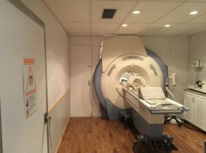 GE HD/Excite Echo Speed Plus 1.5T MRI Mobile for sale