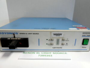 SMITH & NEPHEW DYONICS 7205353 Light Source for sale