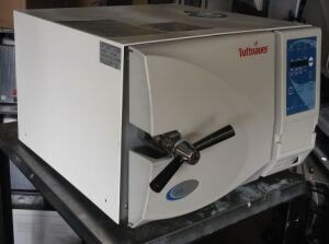TUTTNAUER EZ9 Autoclave Tabletop for sale