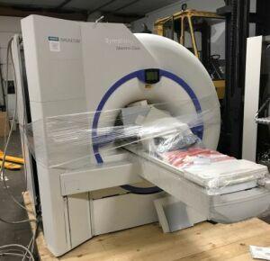 SIEMENS Symphony Maestro MRI Scanner for sale