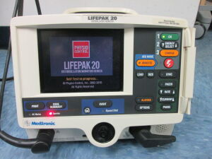 MEDTRONIC Lifepak 20 Monitor Defibrillator for sale