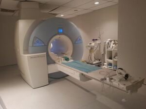 SIEMENS MAGNETOM Avanto 1.5T MRI Scanner for sale