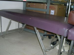 Flat treatment tables Exam Table for sale