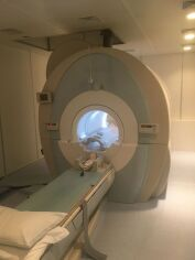 TOSHIBA Vantage Titan XGV MRI Scanner for sale