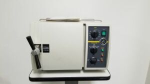 TUTTNAUER 1730 MK Autoclave Tabletop for sale
