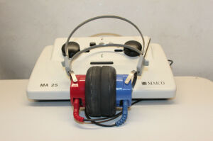 MAICO MA25 ANSI S3.6 Type 4 Transducers TDH-50P Audiometer for sale