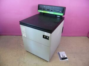 CENTRIFUGE Dupont Sorvall RC-3C RC3C Refrigerated w/ H6000 Swinging Bucket Rotor Centrifuge for sale