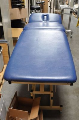 CHATTANOOGA Adapta Chiropractic Table For Sale
