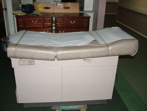 Ritter 304 Exam Table For Sale