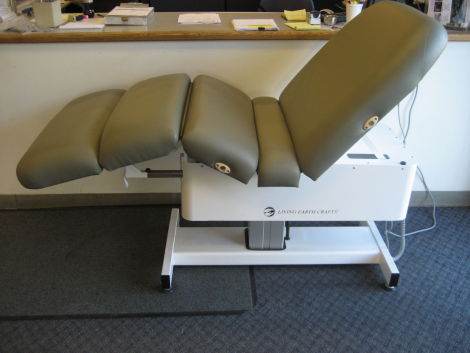 living earth craft cloud 9 massage table chair for sale - Massage Tables For Sale